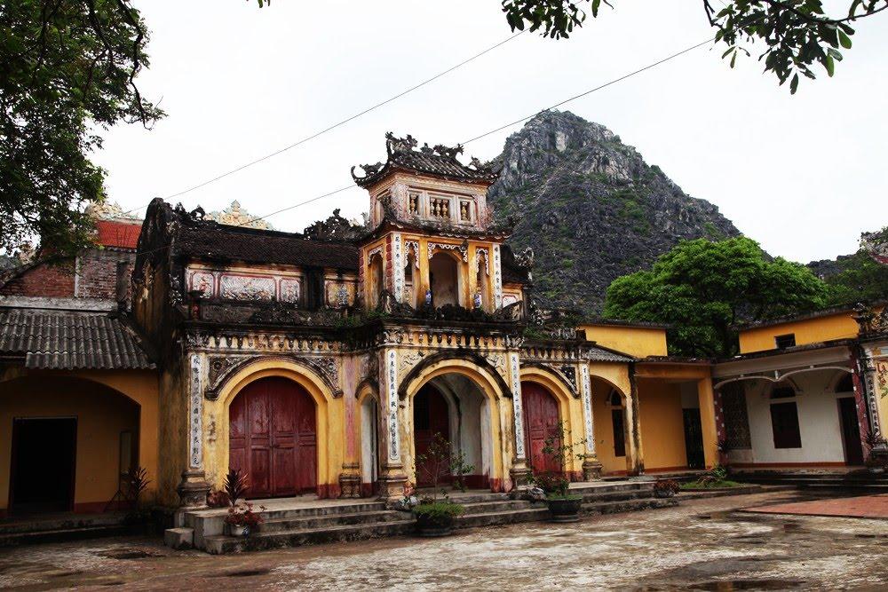 Du lịch Sầm Sơn - Thắng cảnh chùa Tiên bí ẩn
